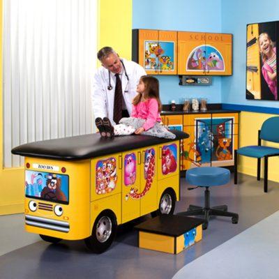 7020-RR Zoo Bus, Pediatric Ready Room
