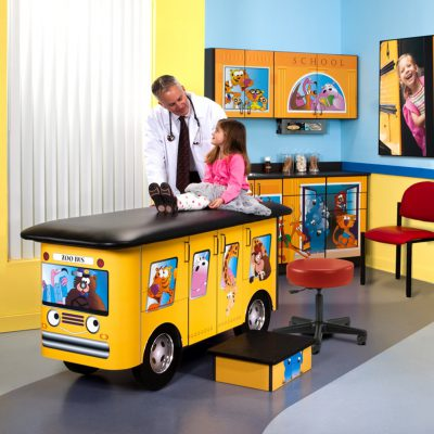 7020-RR Zoo Bus, Pediatric Ready Room
