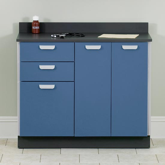 Base cabinet with 3 doors and 2 drawers1 quick cabinets for Cabinets quick